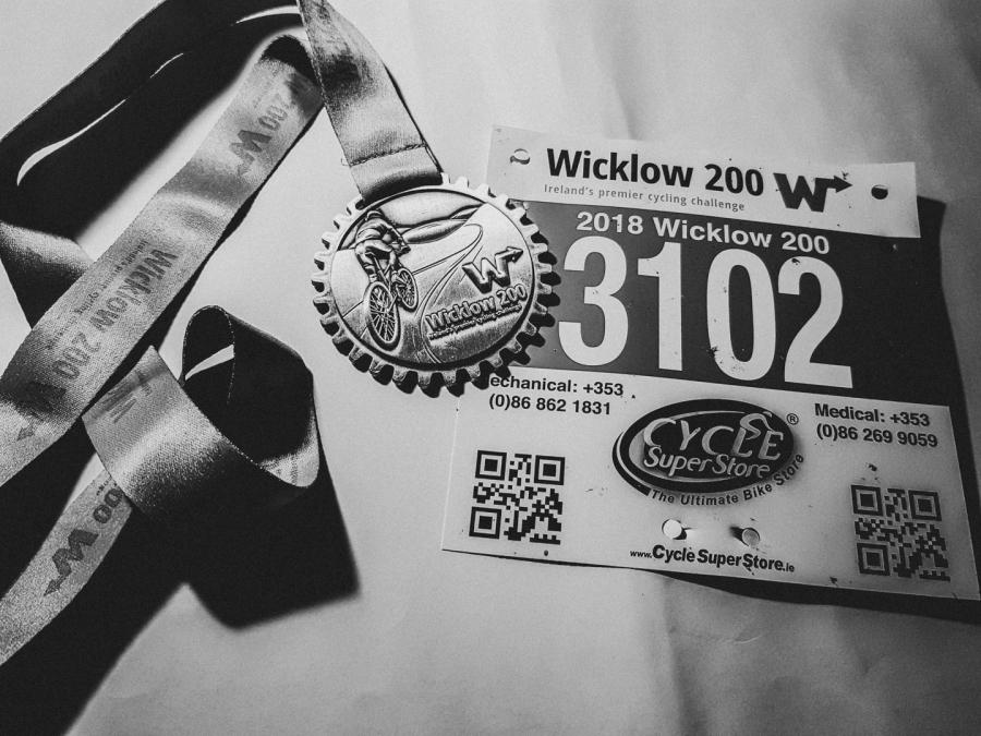Wickow 100 Medal B+W.jpg