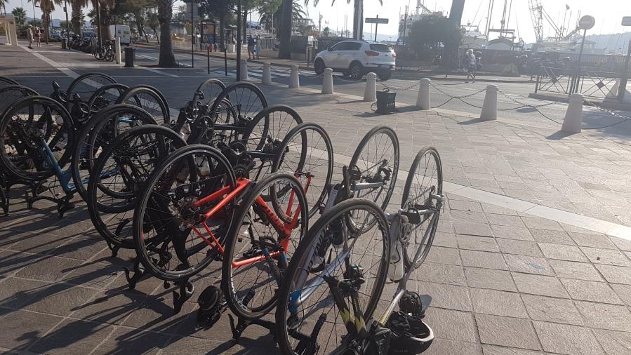 Upside-down bikes
